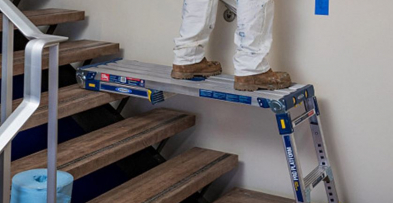 Aluminum Adjustable Pro Work Platform ladder